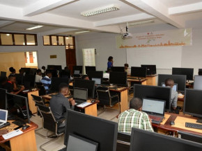 face-au-covid-19-huawei-deploie-la-plateforme-learn-on-pour-poursuivre-ses-certifications-dans-les-tic-au-cameroun