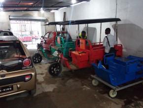 le-camerounais-gaspard-mpondo-lance-a-douala-la-1ere-usine-de-montage-des-vehicules-motos-et-tricycles-electriques