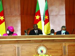 le-parlement-examine-le-projet-de-budget-2021-du-cameroun-d-un-montant-de-4-865-2-milliards-de-fcfa