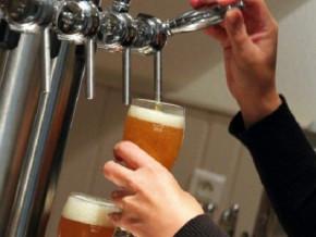 apres-une-suspension-en-2018-le-brasseur-sabc-annonce-le-retour-de-la-biere-pression-a-douala-et-yaounde