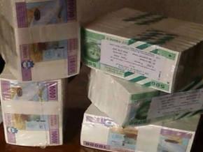 la-masse-salariale-dediee-aux-fonctionnaires-camerounais-est-passee-de-393-milliards-fcfa-en-2006-a-945-milliards-fcfa-en-2017