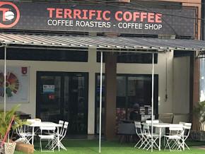la-place-de-l-independance-dans-la-capitale-camerounaise-transformee-en-site-de-degustation-du-cafe-local