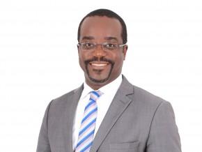 le-camerounais-joseph-eyok-nouveau-dg-adjoint-de-allianz-cameroun-assurances
