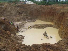 le-cameroun-compte-deja-14-morts-dans-les-champs-miniers-de-l-est-en-4-mois-du-fait-de-l-incivisme-des-entreprises