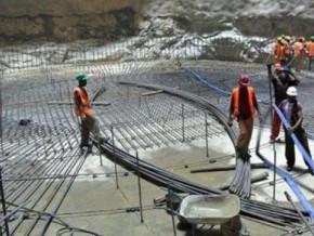 face-aux-difficultes-financieres-plus-de-75-des-employes-chinois-et-camerounais-quittent-le-chantier-du-barrage-de-bini-a-warak-75-mw