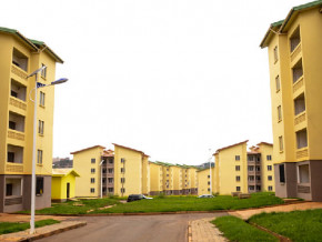 en-financant-3-000-logements-shelter-afrique-confirme-l-interet-d-investisseurs-etrangers-pour-l-immobilier-au-cameroun