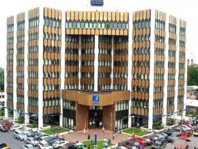le-secteur-prive-camerounais-se-plaint-de-la-rarete-des-devises-dans-les-banques-commerciales