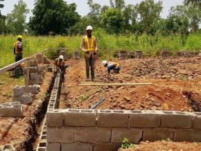 cimencam-s-associe-a-trois-structures-publiques-pour-un-projet-de-2-000-logements-a-bas-prix